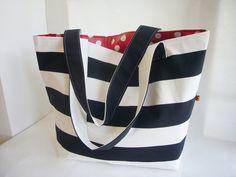 Strandtaschen - ♥ Große Badetasche ♥ Strandtasche ♥ schwarz / rot - ein Designerstück von Fuenfundsiebzig bei DaWanda