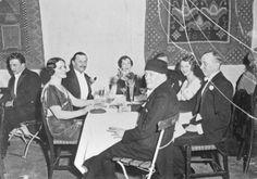 C. G. E. Mannerheim kirjailijoiden juhlassa Taidehallissa 1933