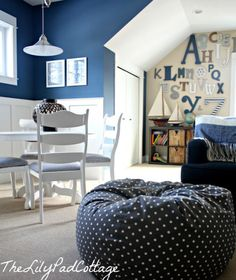 Paint color for the boys room. Benjamin Moore Bleeker Beige and Benjamin Moore Newburyport Blue Playroom from The Lily Pad Cottage Blue Paint Colors, Favorite Paint Colors, Navy Paint, Colours, Blue Playroom, Playroom Paint, Playroom Decor, Playroom Ideas, Toy Rooms