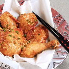 Momofuku's Fried Chicken  http://www.ouichefnetwork.com/oui_chef/2011/07/momofukus-fried-chicken.html