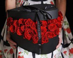 fleurs-st-valentin-roses-rouges-boîte-ceur fleurs St-Valentin