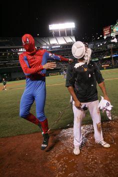 Coco Crisp Walk-Off 8-3-2012   (Michael Zagaris/Oakland Athletics)