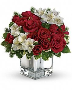 Order Teleflora's Christmas Blush Bouquet from Exotic Flowers, your local Boston florist. Send Teleflora's Christmas Blush Bouquet Faith Hill - Christmas Blush for fresh and fast flower delivery throughout Boston, MA area. Christmas Flower Arrangements, Christmas Flowers, Beautiful Flower Arrangements, Christmas Centerpieces, Floral Centerpieces, Beautiful Flowers, Christmas Decorations, White Christmas, Centrepieces