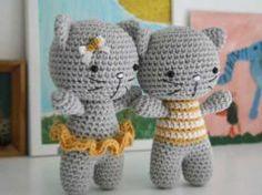 Ayakları Birbirine Bağlı Amigurumi Kedi Yapımı