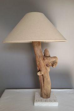 Une lampe en bois flotté : Des idées de lampes faciles à fabriquer - Linternaute