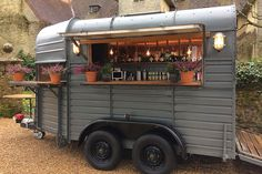 Vintage Bar Box_Luxury Horsebox Mobile Bar Hire London Sussex Hampshire Surrey