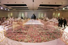 Most current Pics FLORAL DANCE FLOOR – Design Furniture Suggestions In the many years, we've used on the dance floors of the earth, we've experienced some scenari Laminate Flooring Sale, Vinyl Hardwood Flooring, Tile Flooring, Wood Laminate, Dance Floor Wedding, Wedding Reception, Dream Wedding, Wedding Stage, Wedding Blog