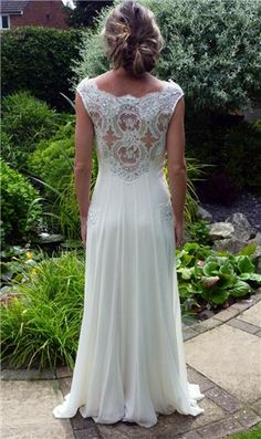 lace wedding dress..not so sure about this one but I really like the back