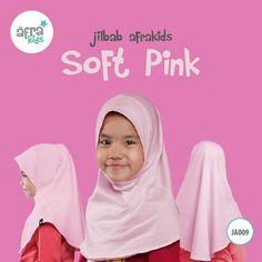 Jilbab Afrakids.  Berbahan cotton spandex single knitting (gramasi 170-190 gr/m²)  Saat ini, ada 11 pilihan warna yang colorful untuk anak-anak. Sehingga mereka terlihat lebih ceria dan juga salihah 😊  .  Spesifikasi harga (rekomendasi untuk pulau jawa) :  S : Rp 57.000  M : Rp 57.000  L : Rp 63.000  XL : Rp 63.000  .  Yuk, dapatkan sekarang juga di Agen atau Reseller Afrakids terdekat di kotamu! 😊 #AfrakidsGirlSeries Cotton Spandex, Muslim, Peach, Backpacks, Instagram Posts, Pink, Fashion, Moda, Fashion Styles