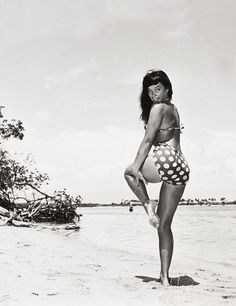 Betty Page | when forms were considered as a model of beauty.