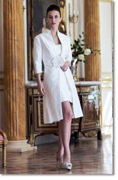 Love this 2 piece bridal wedding suit