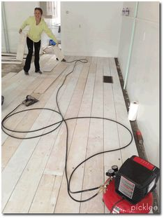 Wood-Plank-Flooring-From-PlyWood-White-Washed.png 830×1.097 pixels