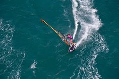 How to sail downwind in windsurfing