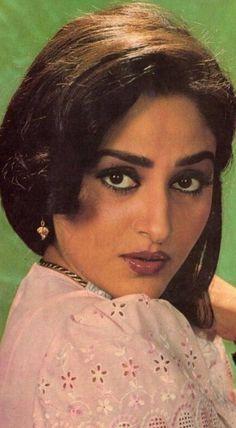 Jayapradha wallpaper by sarushivaanjali - - Free on ZEDGE™ Beautiful Women Over 40, Beautiful Girl Indian, Most Beautiful Indian Actress, Indian Natural Beauty, Indian Beauty Saree, Beautiful Bollywood Actress, Beautiful Actresses, Bollywood Heroine, Bollywood Cinema