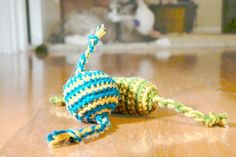 Happy Cat Candy - Crochet cat toy