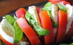 Weekmenu koolhydraatarm dieet. Week 1. Ontbijt, lunch ook om mee te nemen naar je werk, avondeten en tussendoortjes.