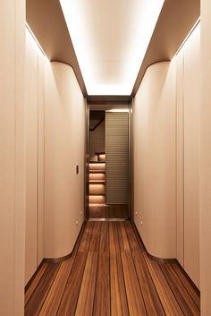 antonio citterio patricia viel and partners Luxury Yacht Interior, Boat Interior, Luxury Yachts, Interior Simple, Modern Interior, Interior Architecture, Interior Design, Yacht Design, Boat Design