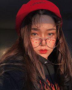 Read [ Girls 7 ] from the story Icons Ulzzang ¡! Korean Makeup, Korean Beauty, Asian Beauty, Ulzzang Korean Girl, Ulzzang Girl Selca, Uzzlang Girl, Foto Instagram, Foto Pose, Tumblr Girls