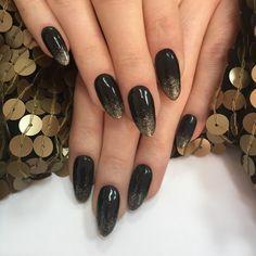 Gradient Nails, Nail Tips, Gold Glitter, Manicure, Hair Beauty, Make Up, Nail Bar, Nails, Gradation Nail Design