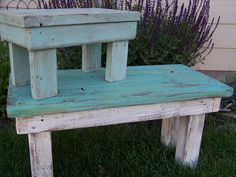 benches and stools made from 2x4's! This site has ideas for coffee tables…