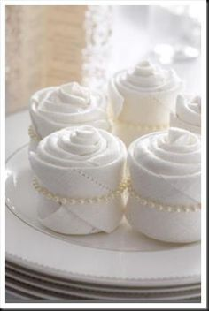 Pearl napkins by francine - on each plate for a tea party - elegant--make your own pearl napkin rings--elastic with pearls Napkin Folding, Wedding Napkins, Wedding Cakes, Deco Table, High Tea, Napkin Rings, Napkin Rose, Tablescapes, Tea Party