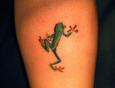 small-tropical-frog-tattoo