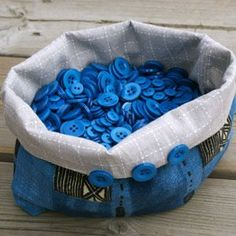 Boutons bleus