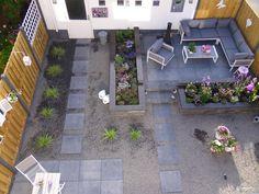 Voortuinen voorbeelden met bloemen google zoeken tuin pinterest bloemen och tuin - Doen redelijk oprit grind ...