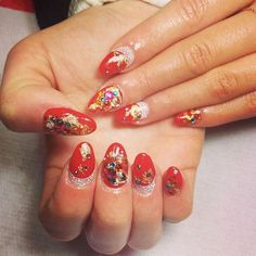 Pin for Later: All the Times Eliza Doolittle Got Her Nails Did With Some Epic Nail Art