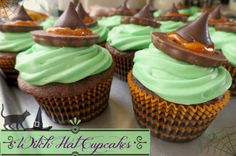 Halloween Cupcake Ideas, Witch Hat Cupcakes with Sweet Creations via @2creatememories