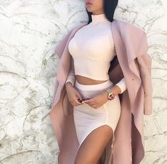 Image shared by Passion for fashion. Find images and videos about girl, fashion and style on We Heart It - the app to get lost in what you love. Sexy Outfits, Cute Outfits, Fashion Outfits, Fashion Trends, Fashion Styles, Fashion Ideas, Fashion Moda, Womens Fashion, Ladies Fashion