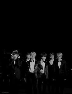 bts arriving at the seoul music awards : M.V.M