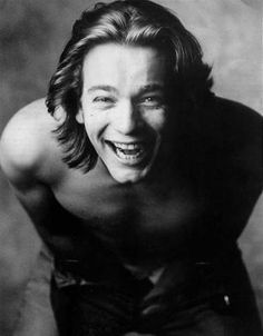 ewan mcgregor was my obsession when i was 14...i now realise again why that was