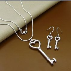 Sterling-Silver-Heart-Key-Necklace-Pendant-And-Earrings-FAST-FREE-SHIPPING