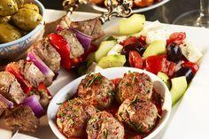 Mezze Platter & Wine Carafe for 2