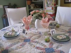 Picture this table setting for Mothers Day!