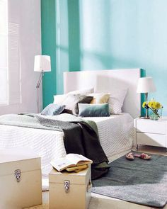 Cool Turquoise Color Wall Bedroom Design   Architecture Design Ideas