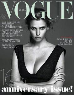 Lara Stone - Vogue August 2012