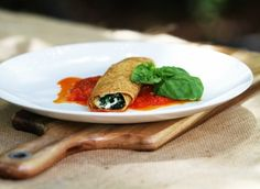 Spinach & Ricotta Crepes with Roasted Tomato Sauce made with Marcel's Ooh La La Gluten Free Crepes Breakfast Recipes, Dinner Recipes, Dessert Recipes, Desserts, Gluten Free Crepes, Roasted Tomato Sauce, Spinach Ricotta, Crepe Recipes, Recipe Ideas