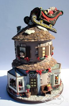 Beautiful cake! Some gingerbread house ideas...