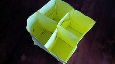 Blick in den 8-fachen, oben offenen Notizzettel-Kubus (F, 2014)
