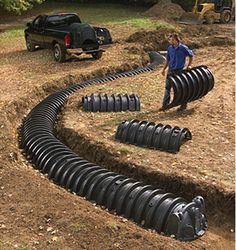 SEPTIC SYSTEM Infiltrator chambers can be installed in a curved trench