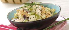 Salada fria de frango e uvas