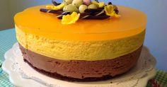 Pääsiäisen aika on ihanaa, kun voi leipoa kaikkea raikasta, sitruunaista ja rahkaista. Ja kuuluuhan tähän juhlaan tietysti pääsiäiskakkukin....