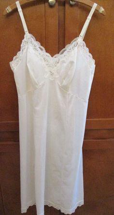 3400c457bd Vtg Gossard Artemis White Lace Trim Nylon Full Slip Dress Sz 38 USA Sissy   GossardArtemis  Slip  Slip