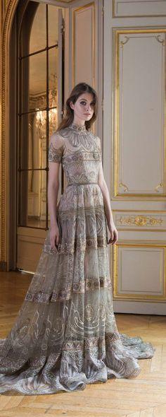 Paolo Sebastian Automne-hiver 2017-2018 - Haute couture - http://fr.orientpalms.com/Paolo-Sebastian - ©ImaxTree