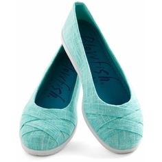 Skip in Your Step Flat in Aqua ❤ liked on Polyvore featuring shoes, flats, flat heel shoes, flat pumps, slip-on shoes, woven flat shoes and pull on shoes
