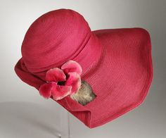 Woman's Hat | LACMA Collections United States, circa 1930 Costumes; Accessories Straw, velvet