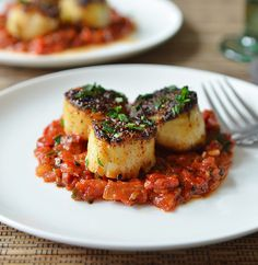 Grilled #Scallops with Tomato & Red Pepper Chutney #recipe