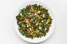 Lentil, kale, salty olives, crunchy nuts, and just the right amount of cheese. Lentil Salad Recipes, Vegetarian Recipes, Healthy Recipes, French Green Lentils, Black Lentils, Valeur Nutritive, Raw Almonds, Bon Appetit, Feta